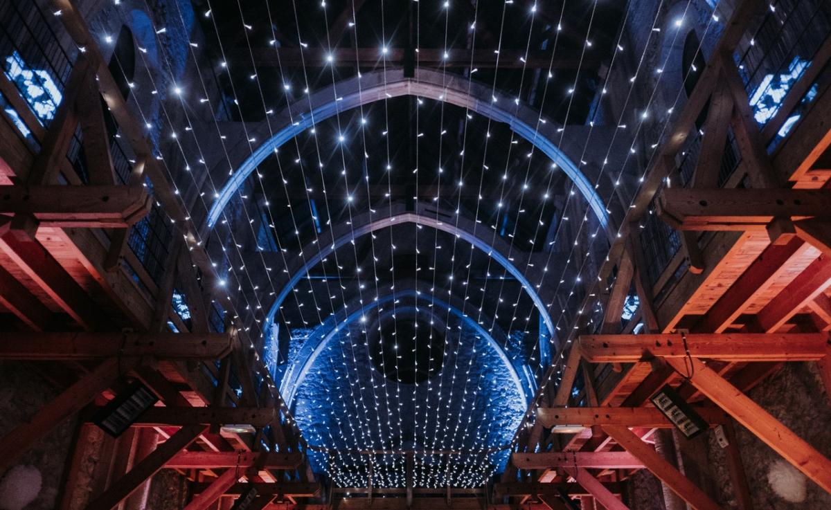 Mariage Chapelle de La Grande Fabrique - Plafond de Led